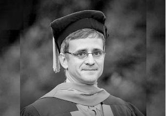Dr Louis Benjamin